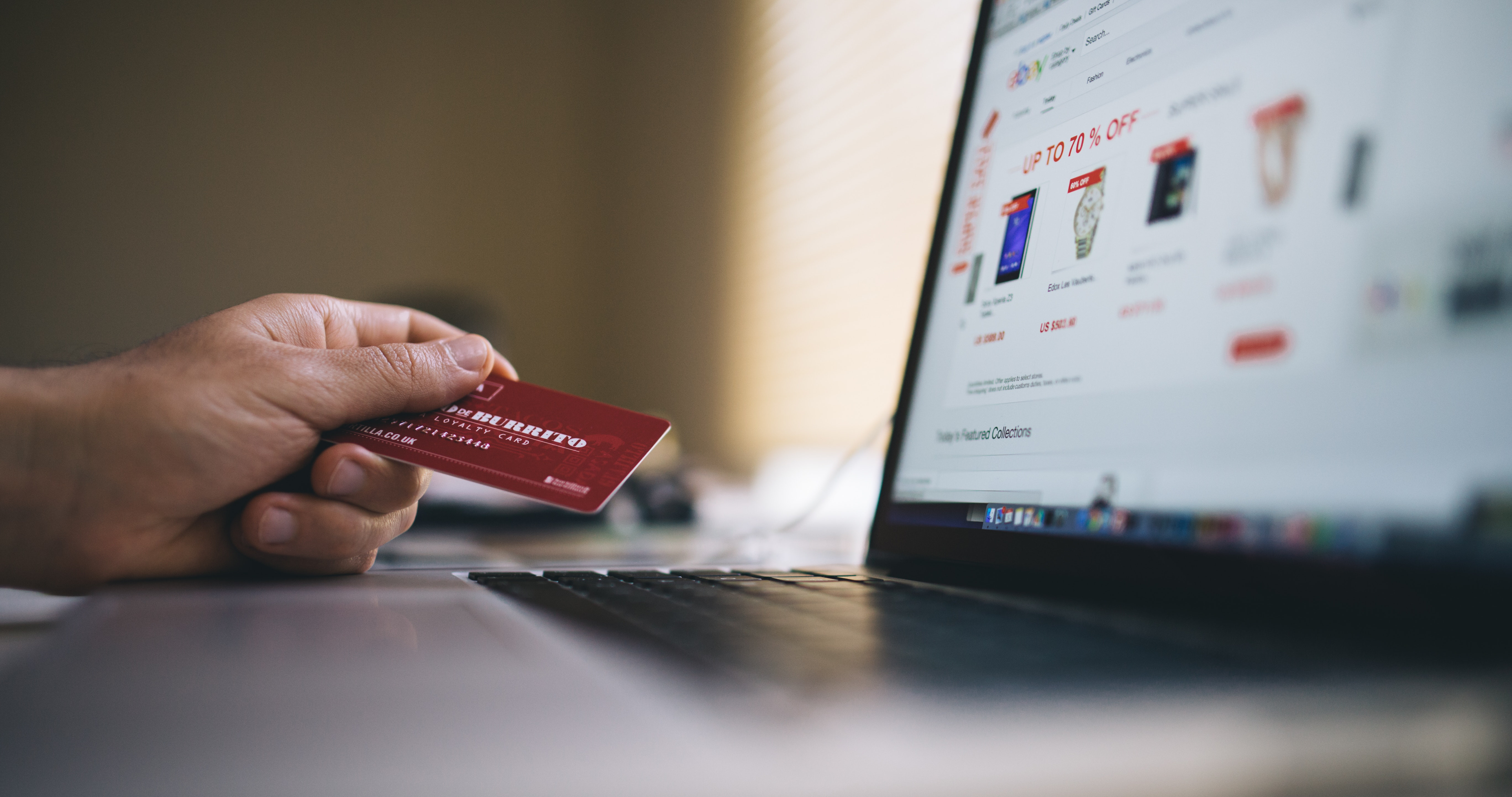 Making sales online in ecommerce